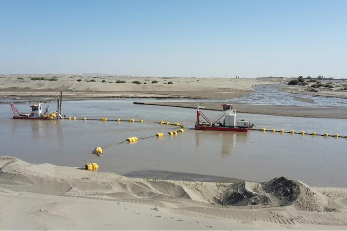 Ships for the Desert: из Нидерландов в Туркмению доставили 35 земснарядов