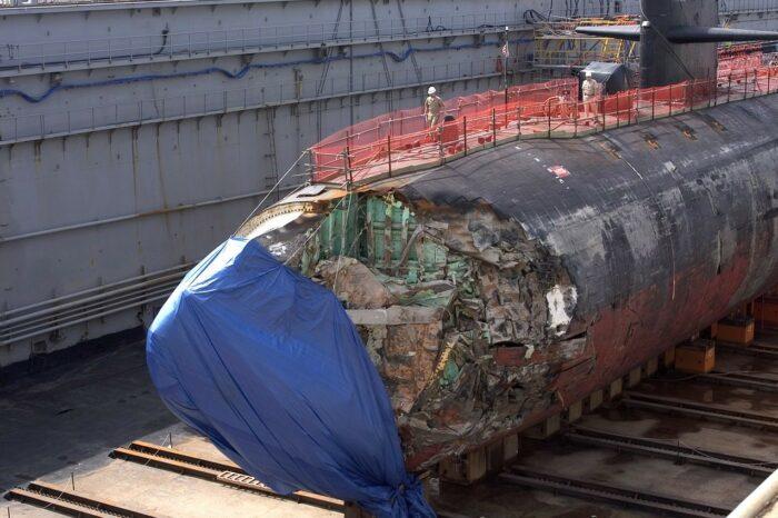Ремонт субмарины, пострадавшей от столкновения, стал проблемой для ВМС США