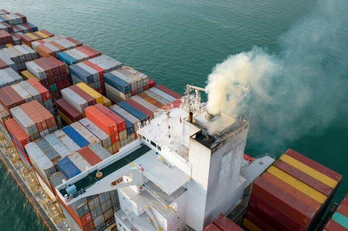 Морские суда смогут собирать CO2 для теплиц