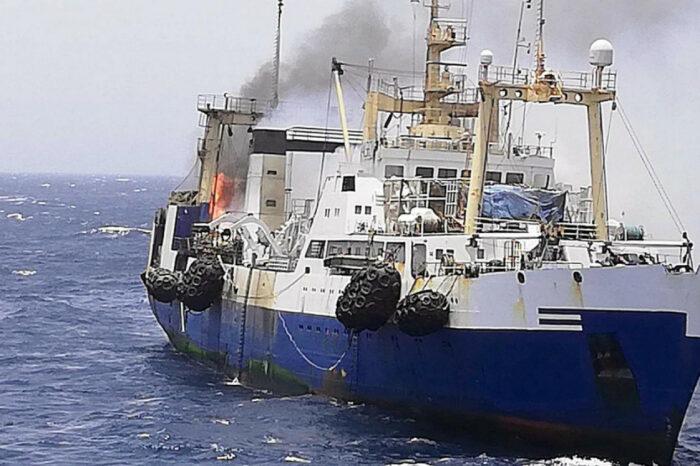 Ущерб на $6 млн: сгоревшее судно Госрыбагентства стало причиной расследования ГБР