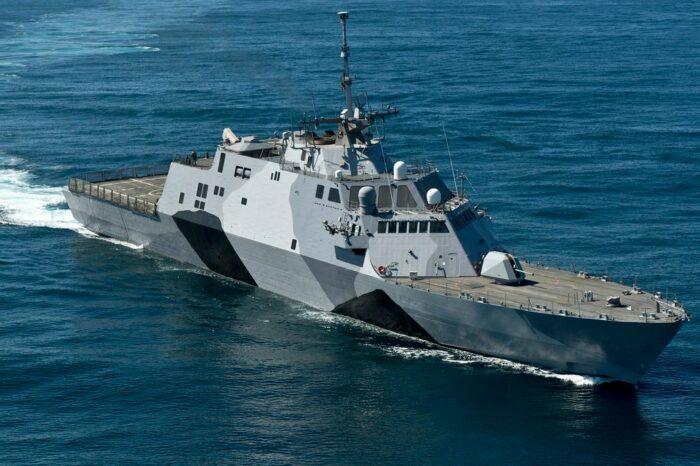 ВМС США вывели из эксплуатации первый корабль типа Freedom